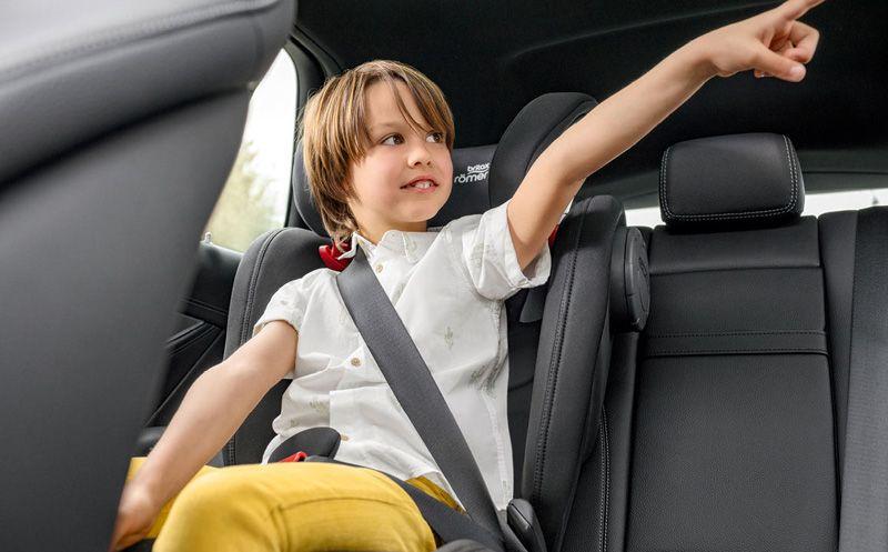 Необходимость детского кресла в вашем автомобиле.