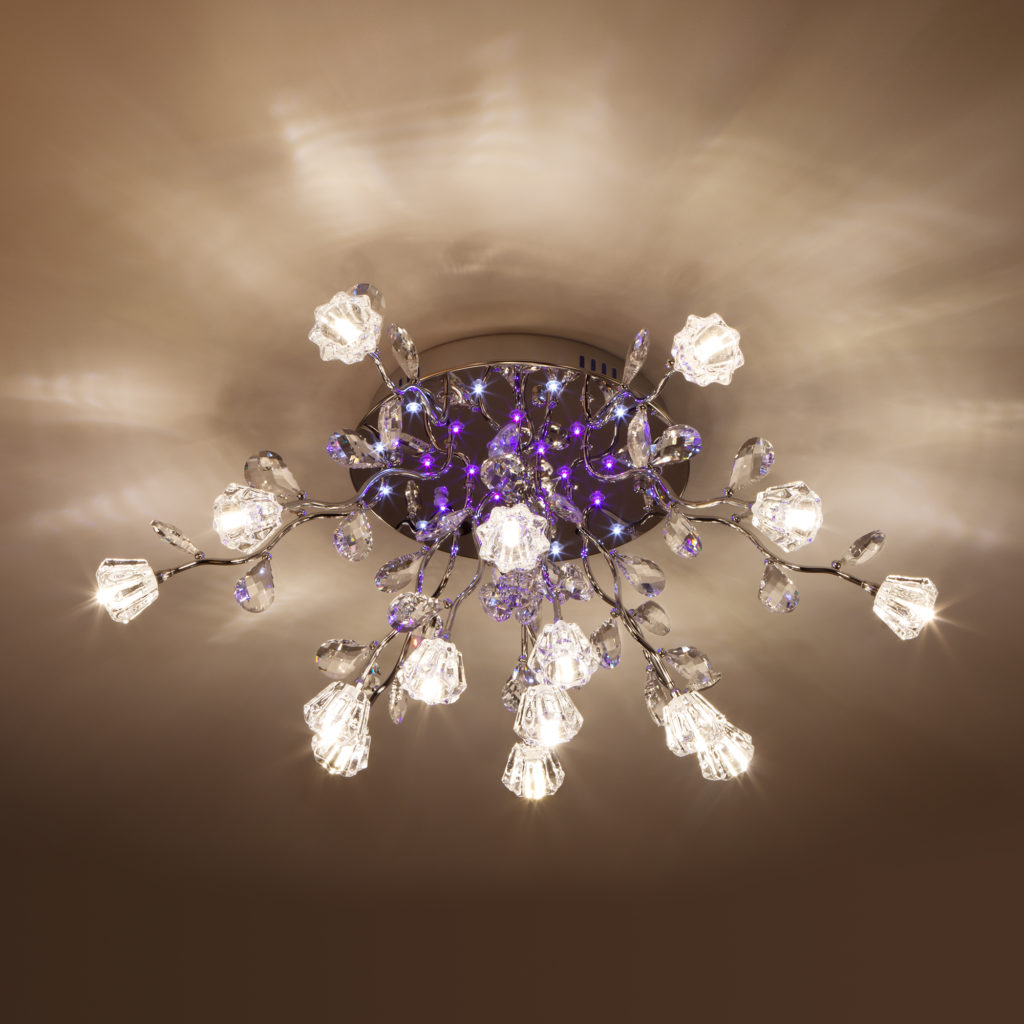 Особенности установки светильников для натяжных потолков